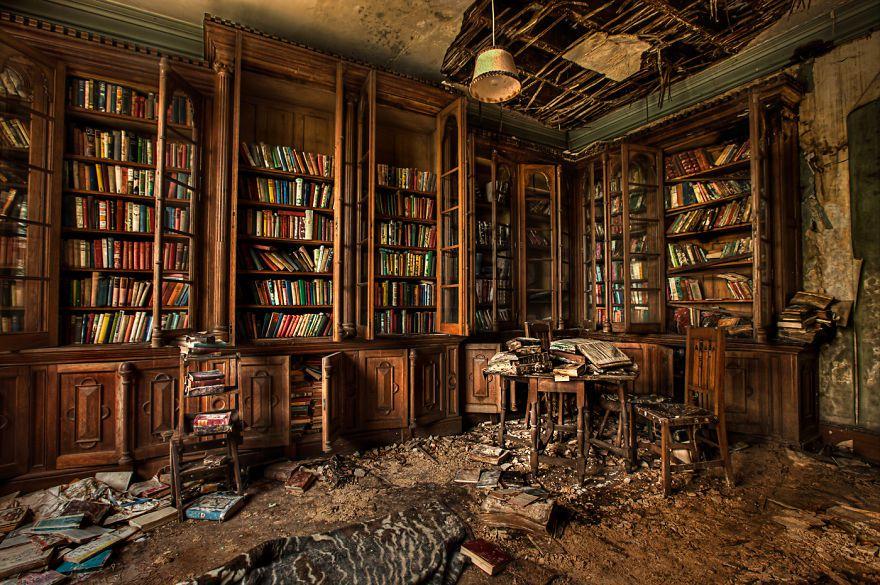 ad-amazing-libraries-32